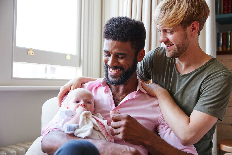 Maternità surrogata per gay in Colombia: il paese accetta LGBT per la maternità surrogata?
